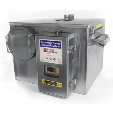 Separatore di grasso automatico con autolavaggio e timer, portata 0,5 litri/ secondo