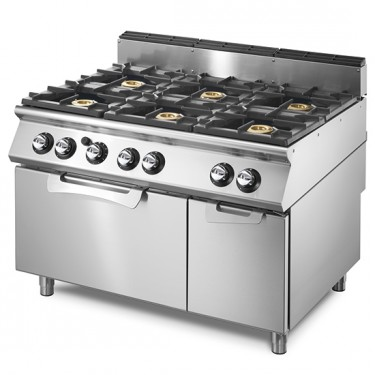 Cucina a gas su forno a gas statico GN 2/1 e vano chiuso, 6 bruciatori.