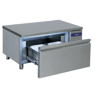 Base refrigerata con 1 cassetti  GN 2/1 per apparecchiature di cottura, l=1200 mm
