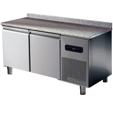 Tavolo congelatore pasticceria hccp sist.,2 porte, 6 guide 60x40 cm,2 griglie piano granito+alzatina