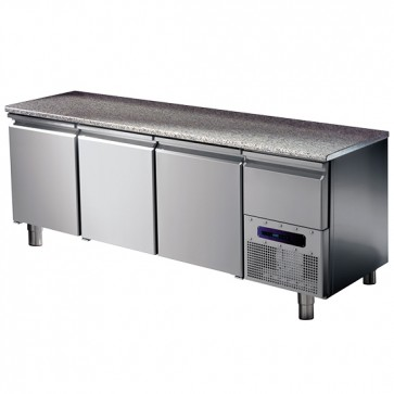 Tavolo refrigerato per pasticceria hccp 3 porte,8 guide e 3 griglie 60x40 cm con piano in granito