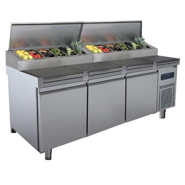 Tavolo di preparazione refrigerato 3 porte 46x66 con piano grigliato, 12x GN 1/3 h=150 mm